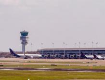 布鲁塞尔机场重启客运航班 第一架客机起飞飞往葡萄牙