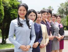 台湾历届领导人专机空姐制服亮相