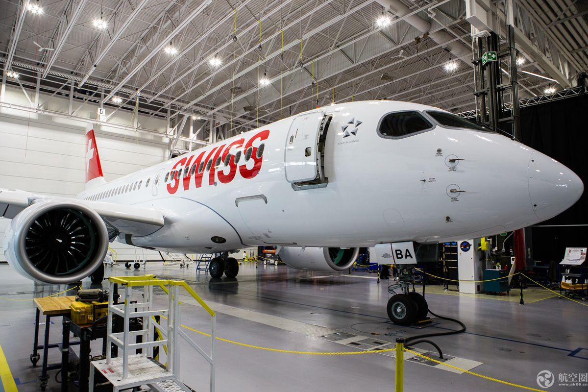 C系列飞机家族,代表着性能和技术融合,是100%的全新设计,专注于100到150个座位的细分市场。采用先进的材料、先进设备、先进的技术,采用具有突破性的普惠PurePower®PW1500G发动机。也是同级别中最安静的在生产商用飞机,最大航程3,300海里(6112公里)。