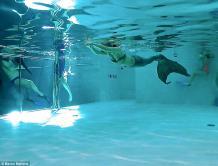 世界最深泳池深度达14层楼 你敢尝试吗?