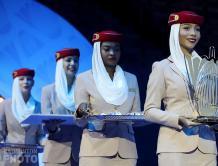 阿联酋航空空姐亮相世界羽联迪拜总决赛