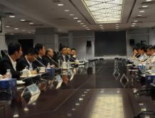 海航集团董事长陈峰拜会中国农业银行董事长周慕冰