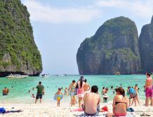 每天5000人踩踏 泰国旅游胜地PP岛玛雅湾将无限期关闭