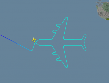 以色列航空最后一架波音747退役 最后飞行高空画出自画像