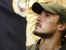 外籍男闯入台湾最大机场爬到华航飞机起落架 保持缄默4个月