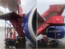 机场遭遇大风 一家航空公司的梯子撞坏竞争对手的飞机