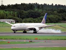 同一架飞机2天紧急降落3次 美联航波音787飞机同样故障频发